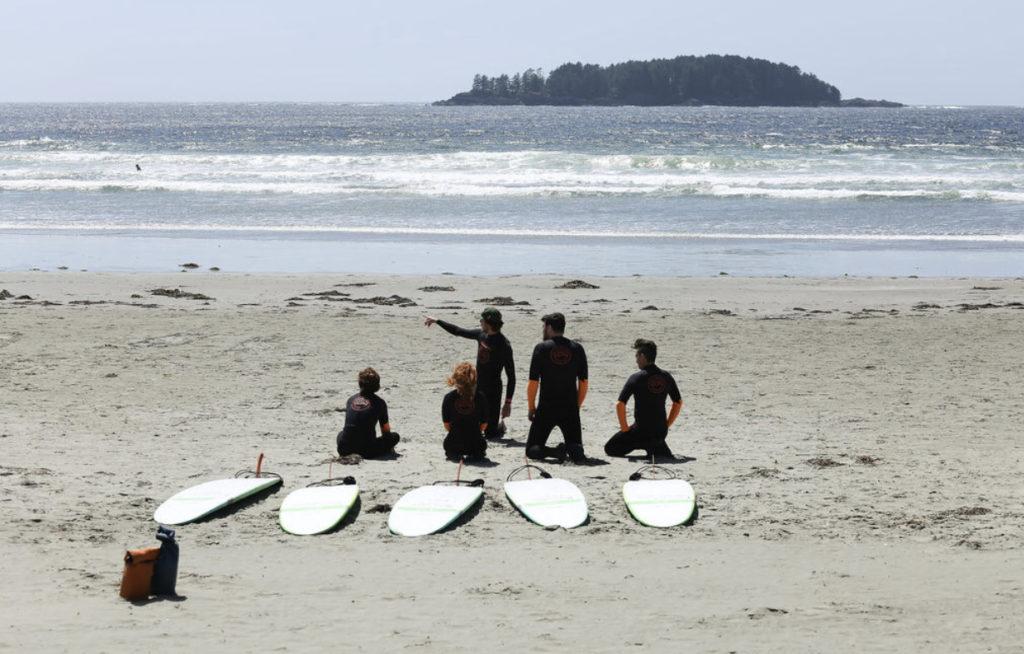 Frostig aber lustig: Surfen vor Vancouver Island © bee_nk (Instagram)